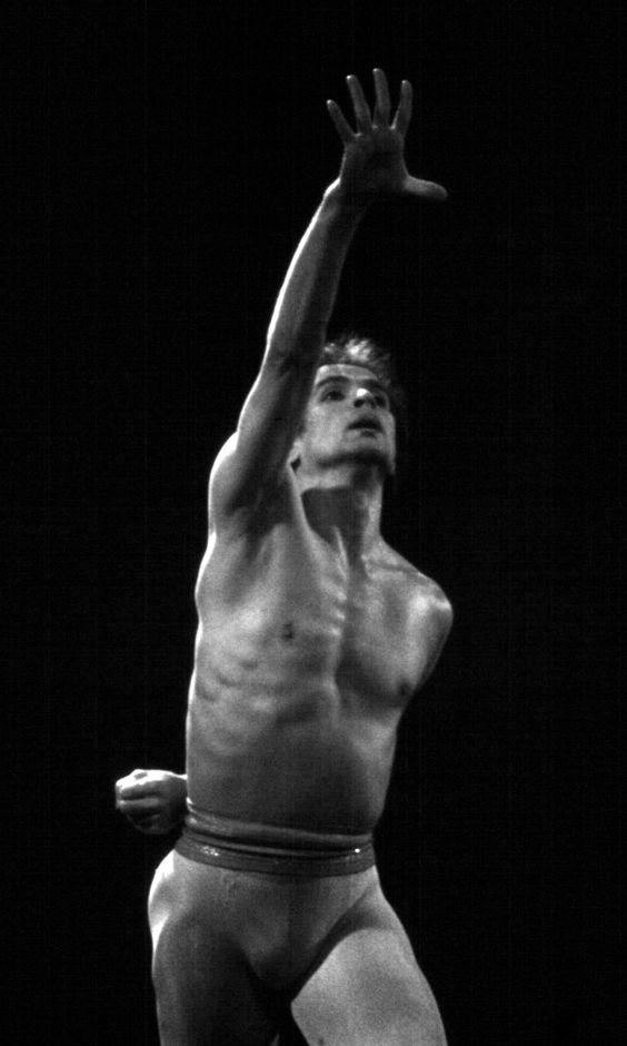 Рудольф Нуреев в «Аполлон» Джорджа Баланчина, 1984