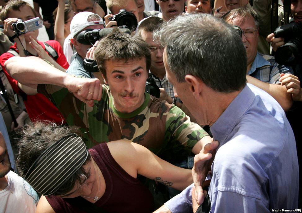 Заявки на проведение гей-парадов в 2006 и 2007 были отклонены властями