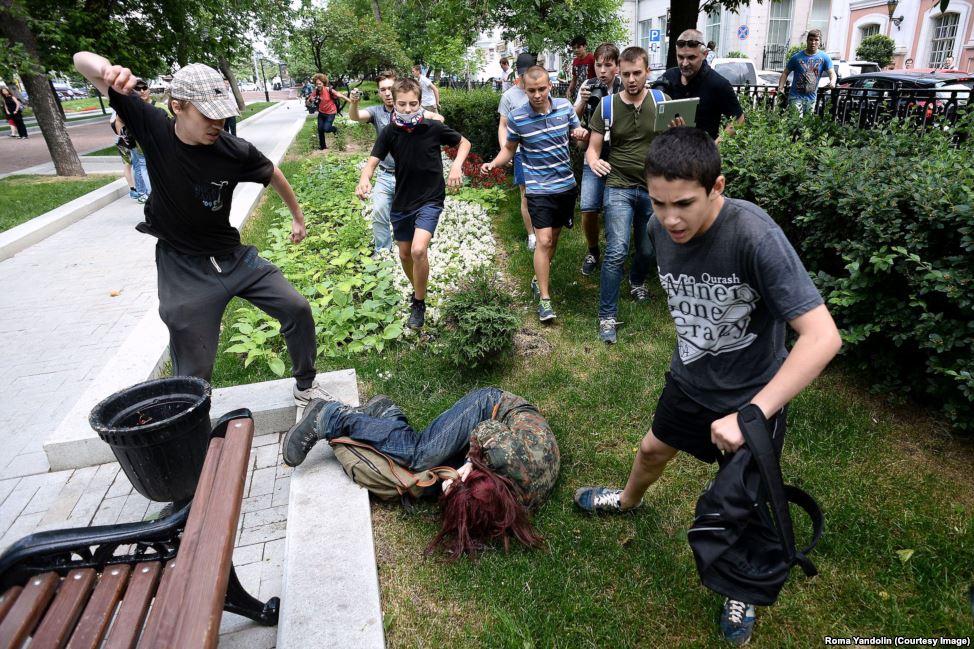 Участники аналогичной демонстрации в Москве были жестоко избиты